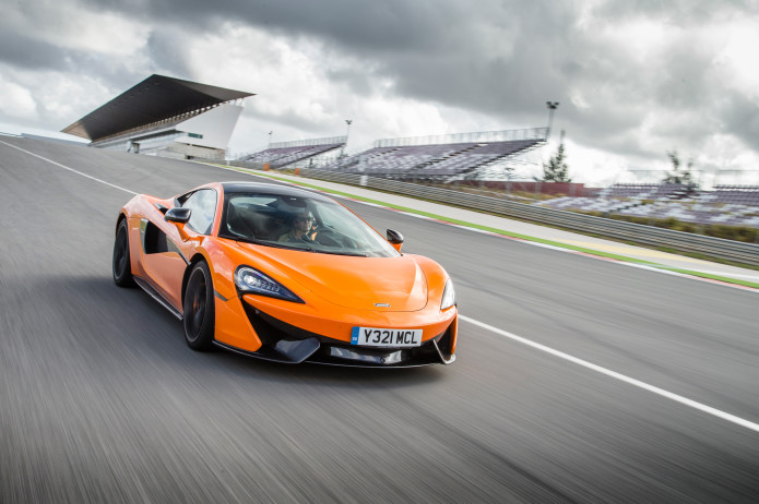2016-Mclaren-570S-coupe-front-three-quarter-in-motion-02