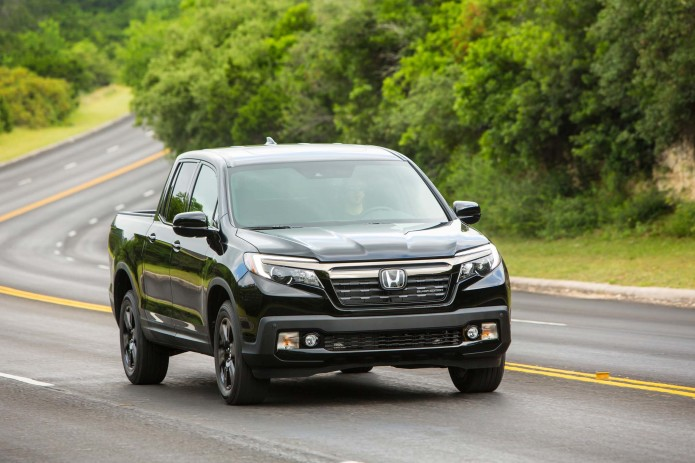 2017-honda-ridgeline-black-edition-front-end-in-motion
