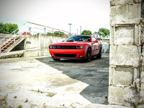 2016 Dodge Challenger R/T Review : Old-School Muscle for Modern Times