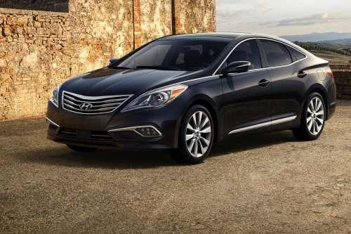 Hyundai Azera Review: The Low-Profile Luxury Cruiser