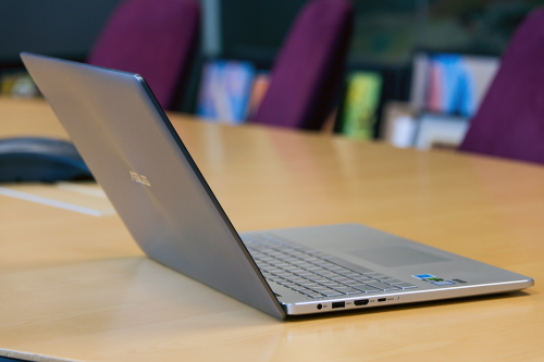 Asus Zenbook Pro UX501VW review : Killer specs and pricing, offset by small flaws