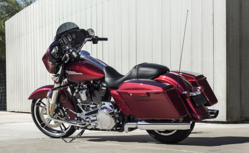 2017 Harley-Davidson Street Glide First Ride Review
