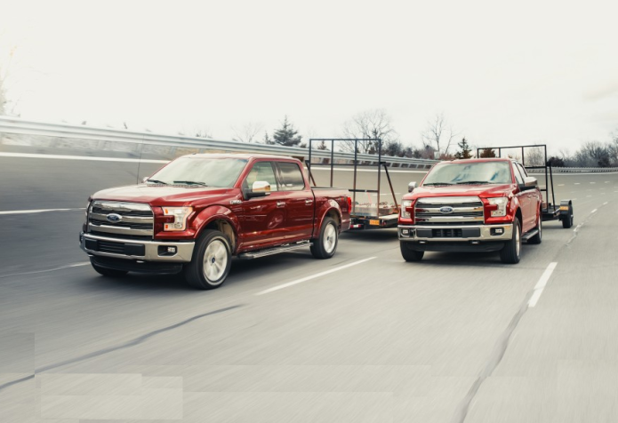 2016 Ford F-150 5.0L V-8 4x4 vs. 2016 Ford F-150 3.5L EcoBoost 4x4 - Comparison Tests
