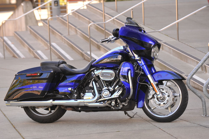 2017 Harley Davidson CVO Street Glide First Ride Review