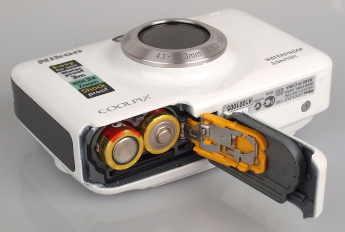 Top 10 Best AA Battery Powered Digital Cameras 2016