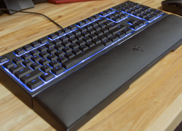 razer-ornata-keyboard-mainfull1-970×647-c