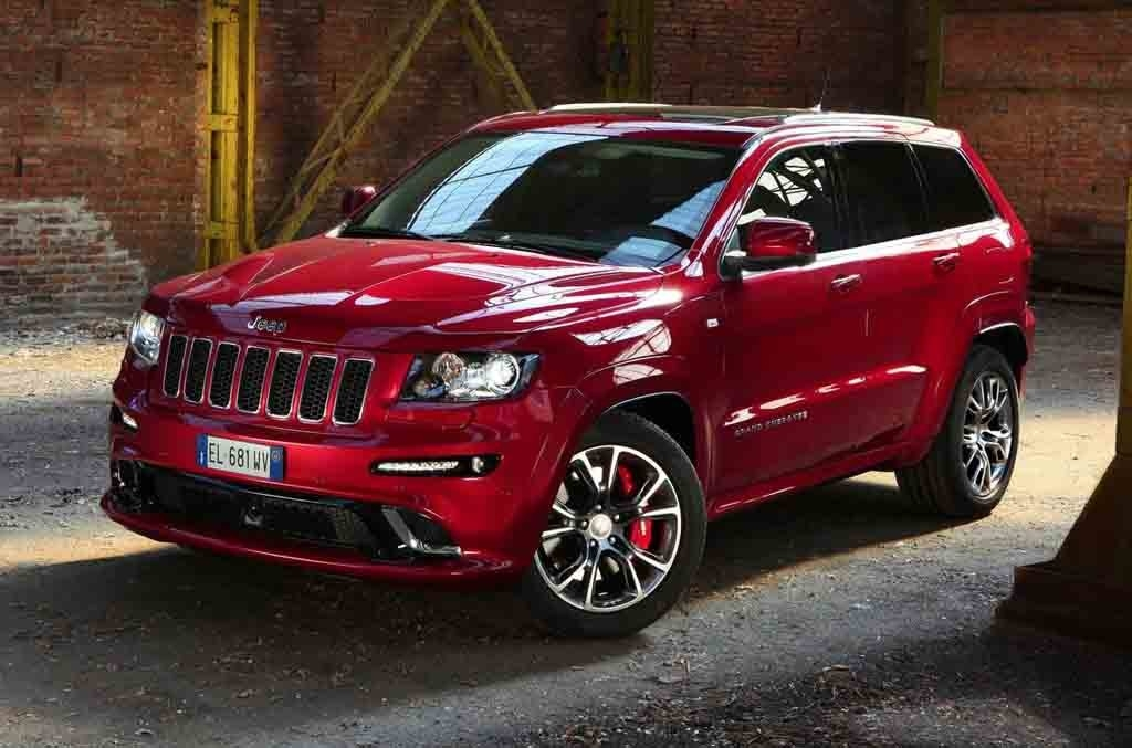 2017 jeep grand cherokee srt review gearopen. Black Bedroom Furniture Sets. Home Design Ideas