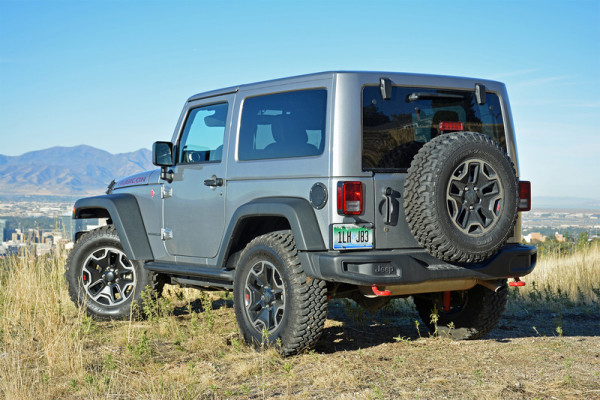 2016 jeep wrangler rubicon review gearopen. Black Bedroom Furniture Sets. Home Design Ideas