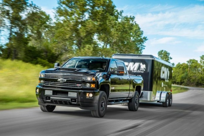 2017 Chevrolet Silverado 2500HD / 3500HD Diesel - First Drive Review