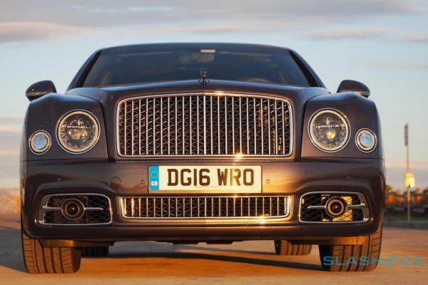 2017-bentley-mulsanne-speed-review-14-1280×720