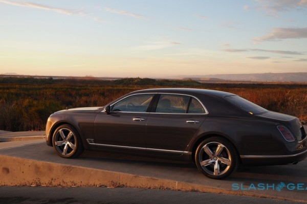 2017-bentley-mulsanne-speed-review-16-1280×720