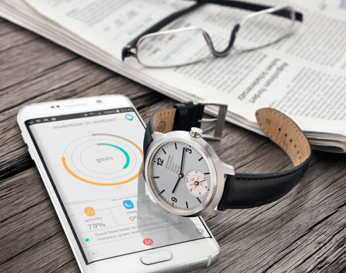 Best smart analogue watches 2016 : Withings, Mondaine and more