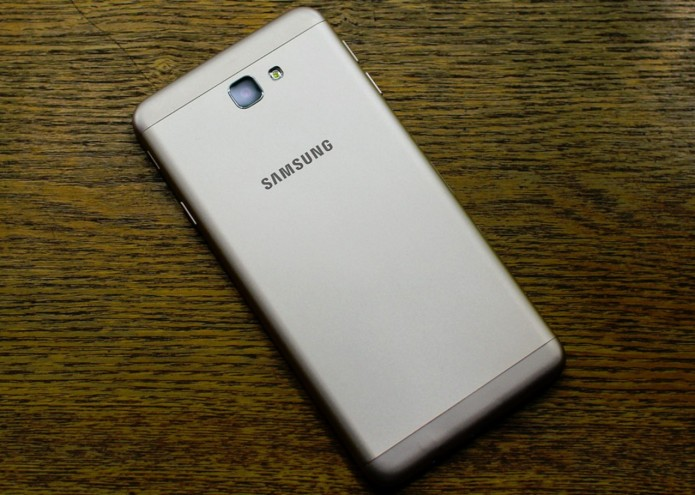 Samsung Galaxy J7 Prime Hands-on Review : First Impressions
