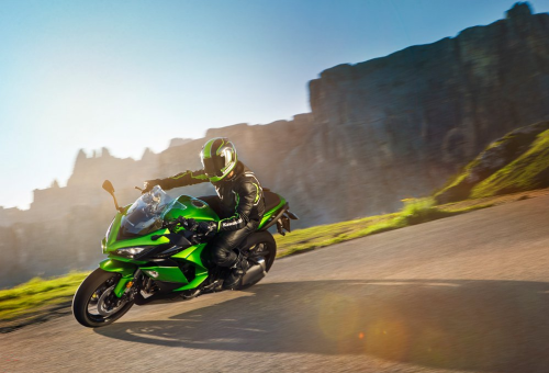 2017 Kawasaki Ninja 1000 Preview