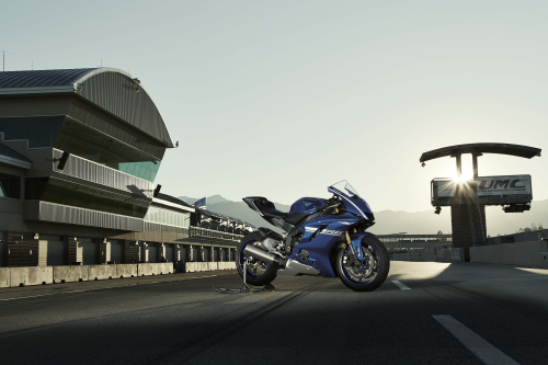 2017 Yamaha YZF-R6 Preview