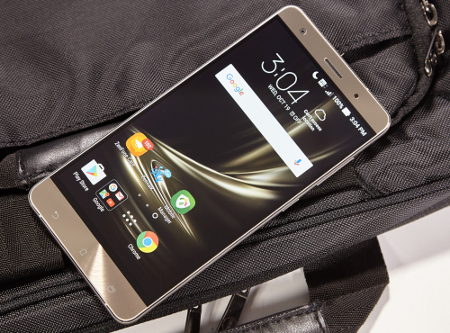 Asus ZenFone 3 Deluxe Review : Great Except for One Flaw