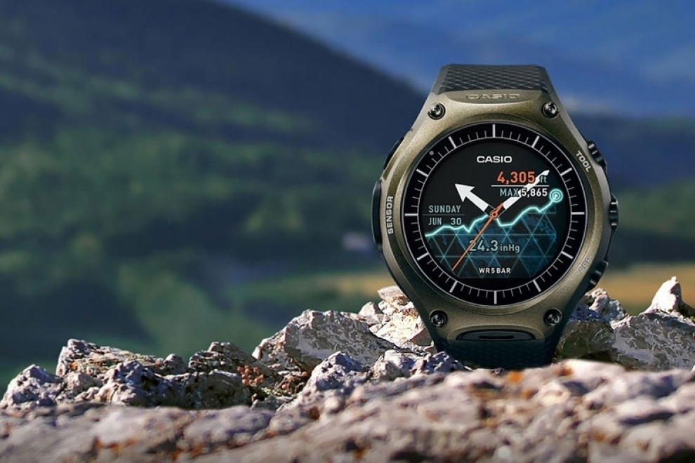 Best outdoor gps watches top trackers for adventure seekers gearopen for Adventure watches
