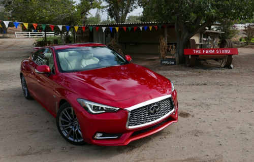2017 Infiniti Q60 First Drive Review : Seeing Red