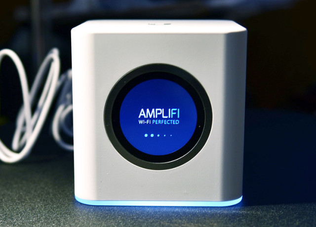 amplifi-hd-main-base-station-800×533-c