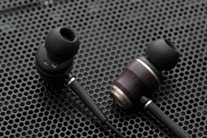 The Top 10 Best Bass Earbuds of 2016