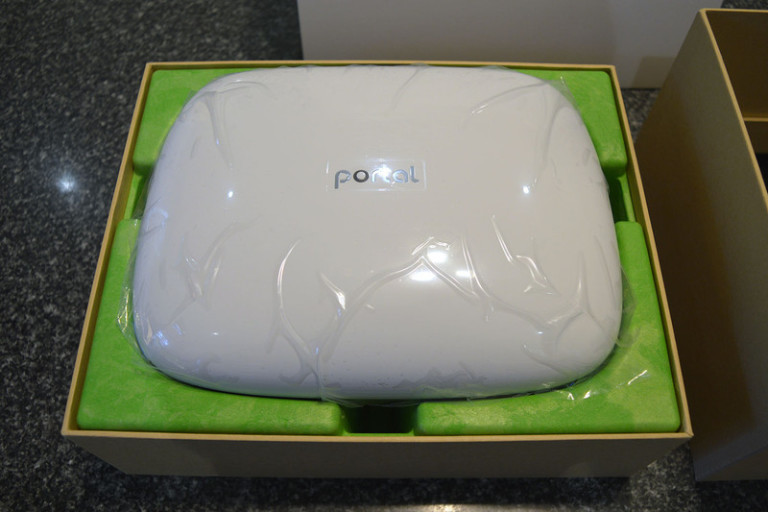 portal-wifi-router-boxed-2-800x533-c