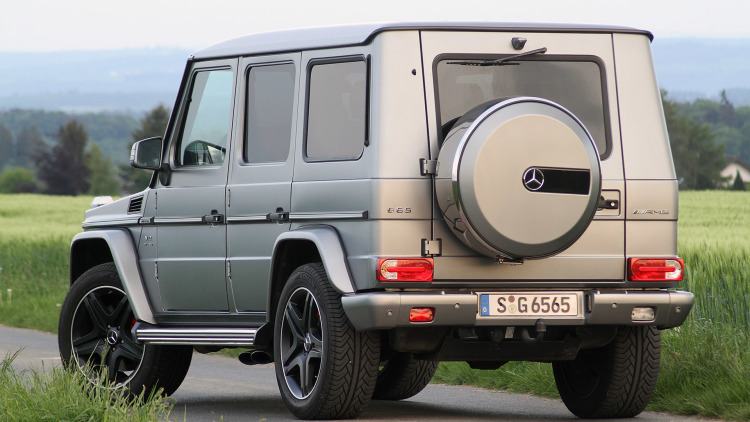 02-2015-mercedes-benz-g65-amg-review-1