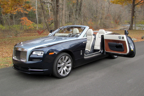 2016-rolls-royce-dawn-door-open-800×533-c