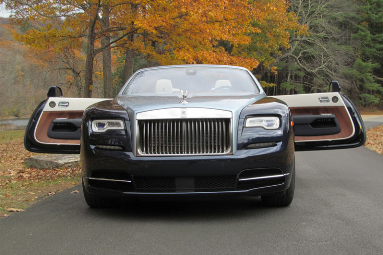 2016-rolls-royce-dawn-doors-open-3-800x533-c