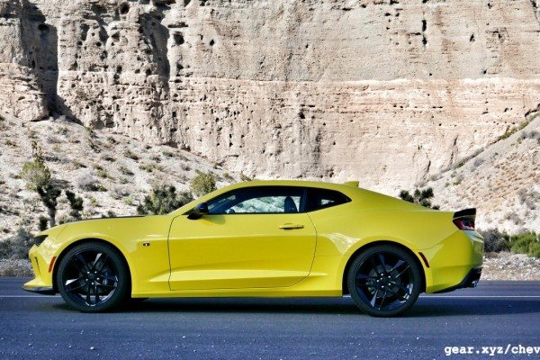 2017-chevrolet-camaro-ss-1le-review-photos-slashgear00003