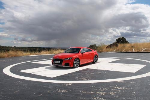 FIRST DRIVE: 2017 AUDI TT RS
