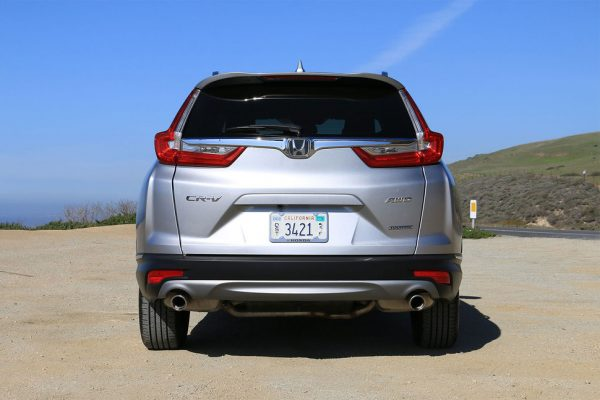 2017-honda-cr-v-back-2-970×647-c