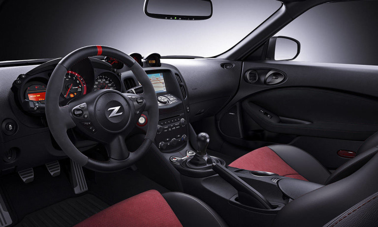 2017-nissan-370z-coupe-nismo-interior-black-red-leather