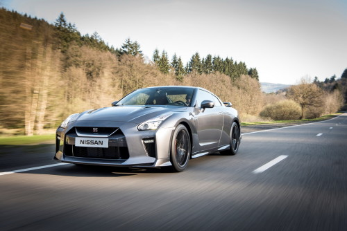 2017 Nissan GT-R Review: Supercar for the people