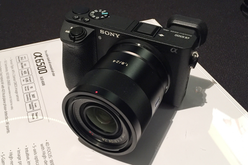 Sony a6500 vs Fuji X-T2 vs Panasonic GX8 Comparisons Review