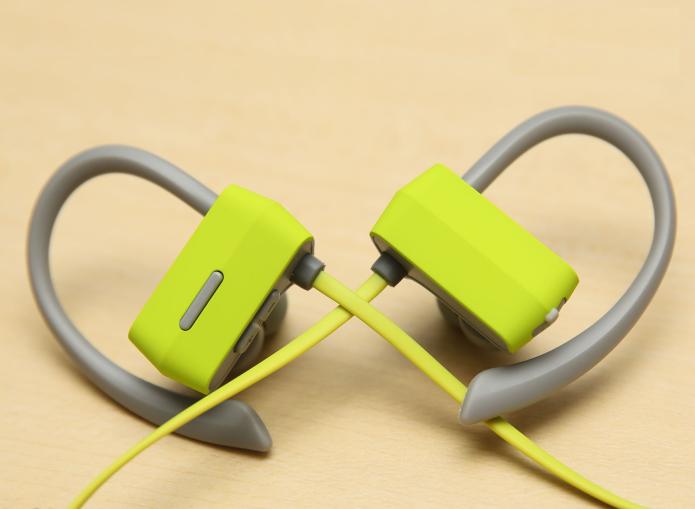 GranVela G18 Bluetooth Headphones Review