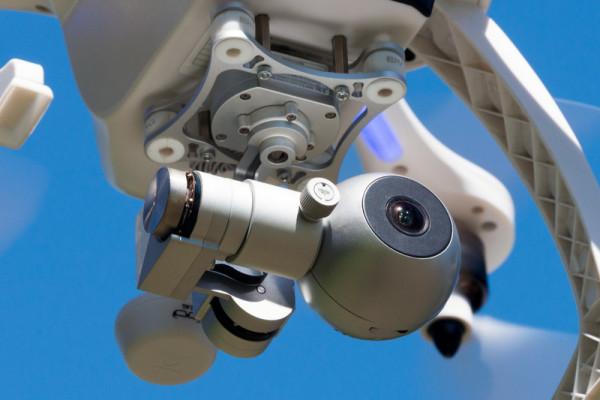 ehang-ghostdrone-gimbalinflight-800×533-c