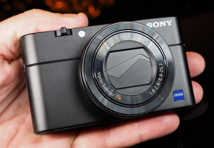 Sony Cyber-shot RX100 V Review - Fast Five