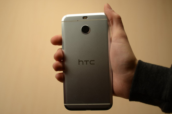 htc-bolt-0013-800×533-c
