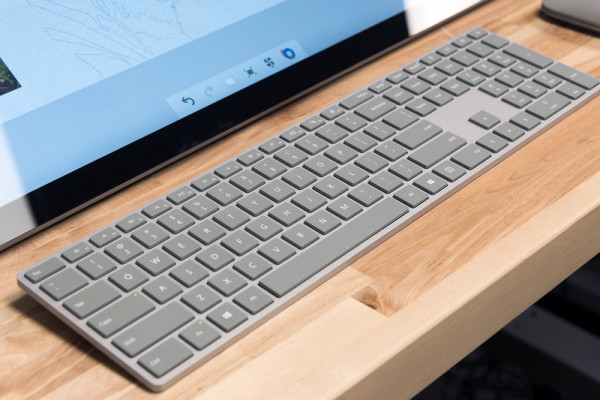 surface-studio-pc-keyboard-800×533-c