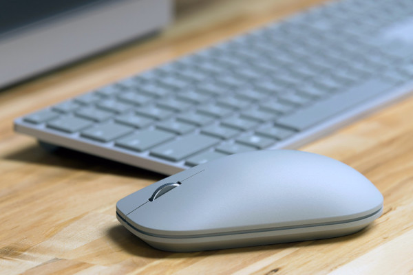 surface-studio-pc-mouse-800×533-c