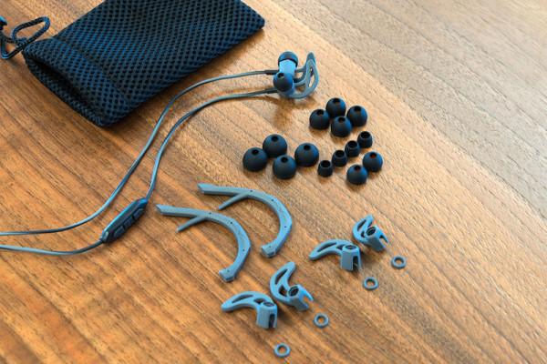 v-moda-forza-earbuds-kit-800×533-c