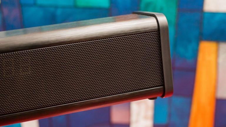 zvox-av200-accuvoice-tv-speaker-10