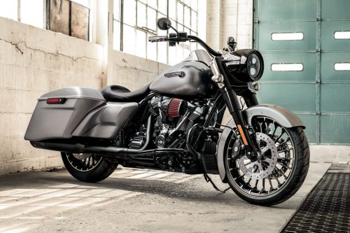 2017 Harley-Davidson Road King Review