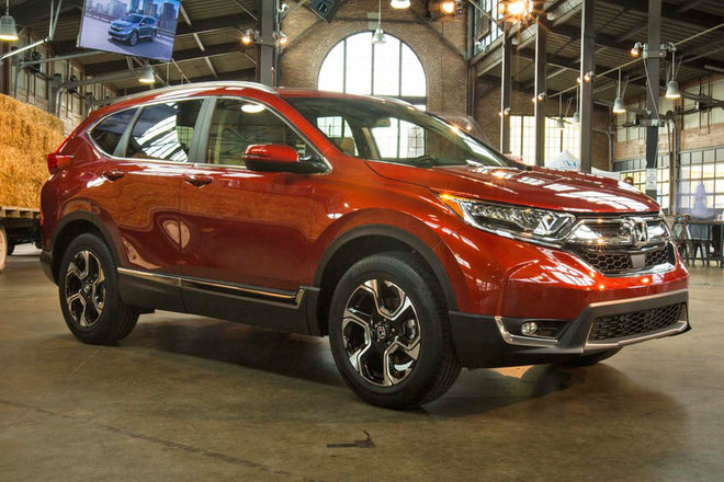 2017-honda-cr-v-front-three-quarter-e1476310380302