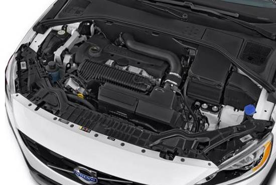2017-volvo-v60-cross-country-engine