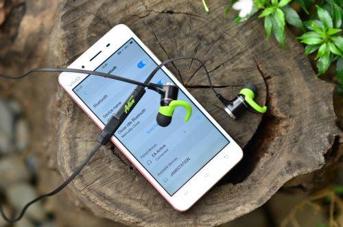 Elliot Audio Active Review : Bang For Your Buck Wireless Headphones