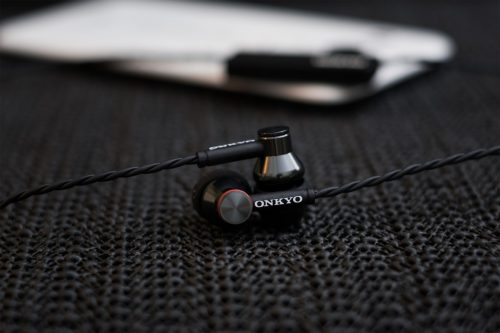 Onkyo E200BT Review – The Good Affordable Good Wireless IEM?