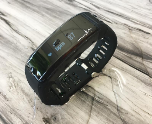 No.1 Smartband F1 Review : A bracelet born for sports