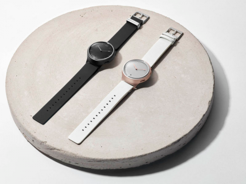 Misfit Phase review : Minimal design, tactile smarts