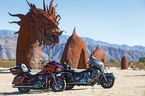 Harley-Davidson Road Glide Ultra vs. Indian Roadmaster – COMPARISON TEST